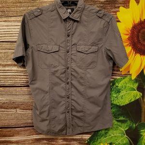 Rock & Republic short Sleeve shirt Medium Pre-own